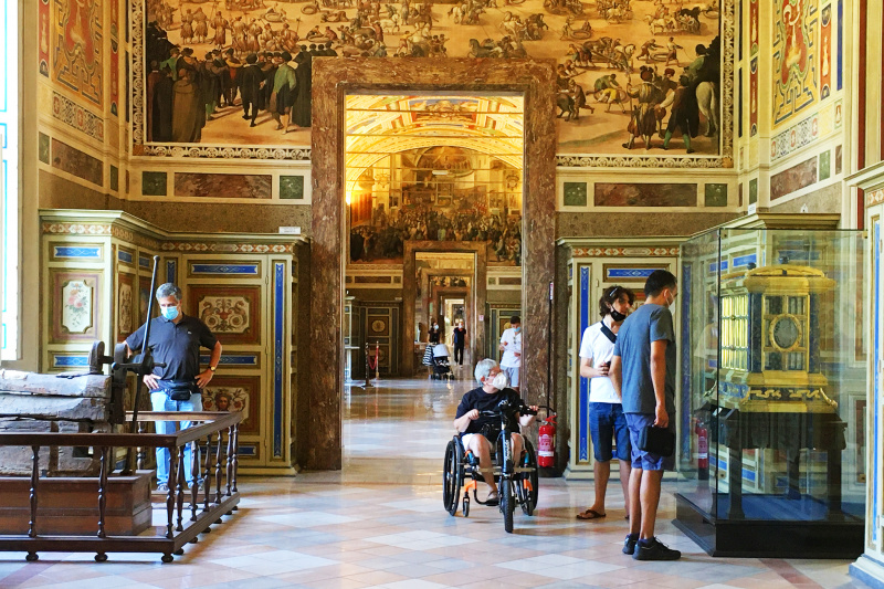 Vatican Museums Tour (4 hours)