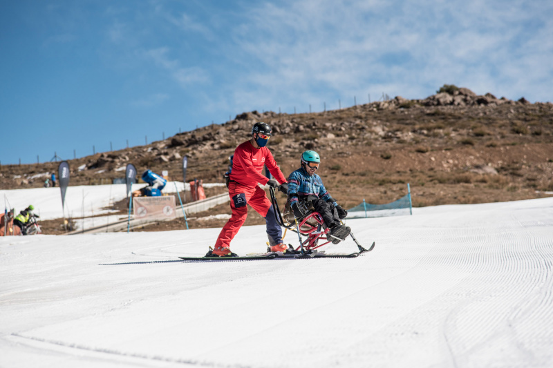 Adaptive ski classes in action