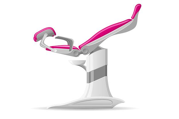 De Mirena plaatsen in een gynaecologische stoel