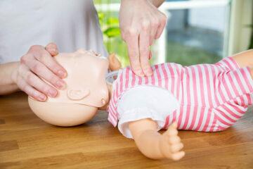 EHBO: reanimeren baby