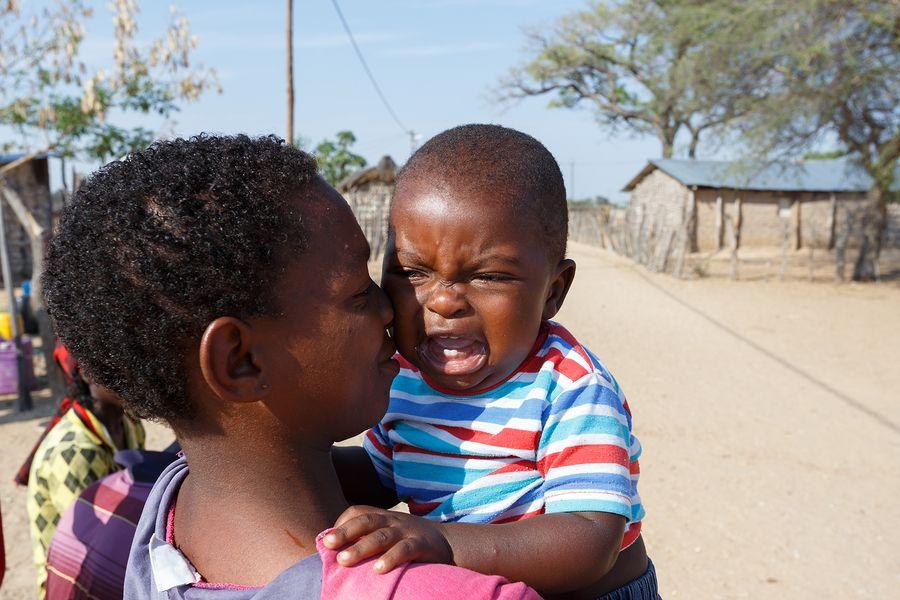 Afrikaans-jongetje-huilt