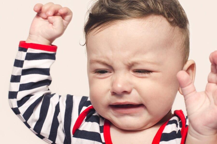 Je baby wordt boos als je iets afpakt