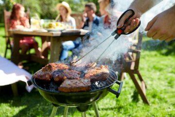 Vlees op een barbecue