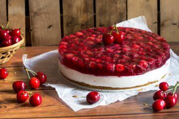 Cheesecake van MonChou roomkaas met kersen mag je tijdens je zwangerschap