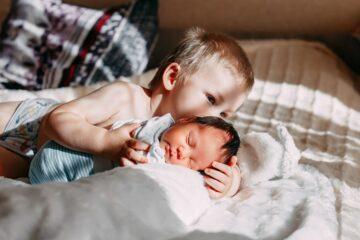 Stoere jongensnamen voor pasgeboren baby