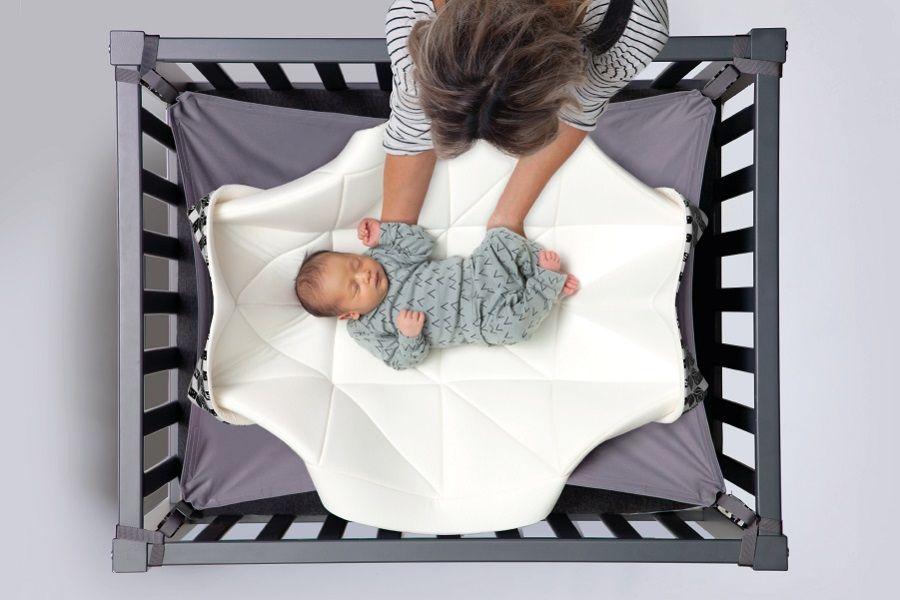 Hangmat In Box.Hangloose Baby Een Hangmat Voor Je Kindje 24baby Nl