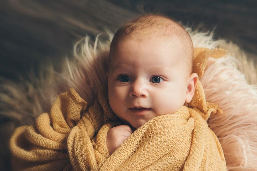 Mooie foto van baby door babyfotografie tips