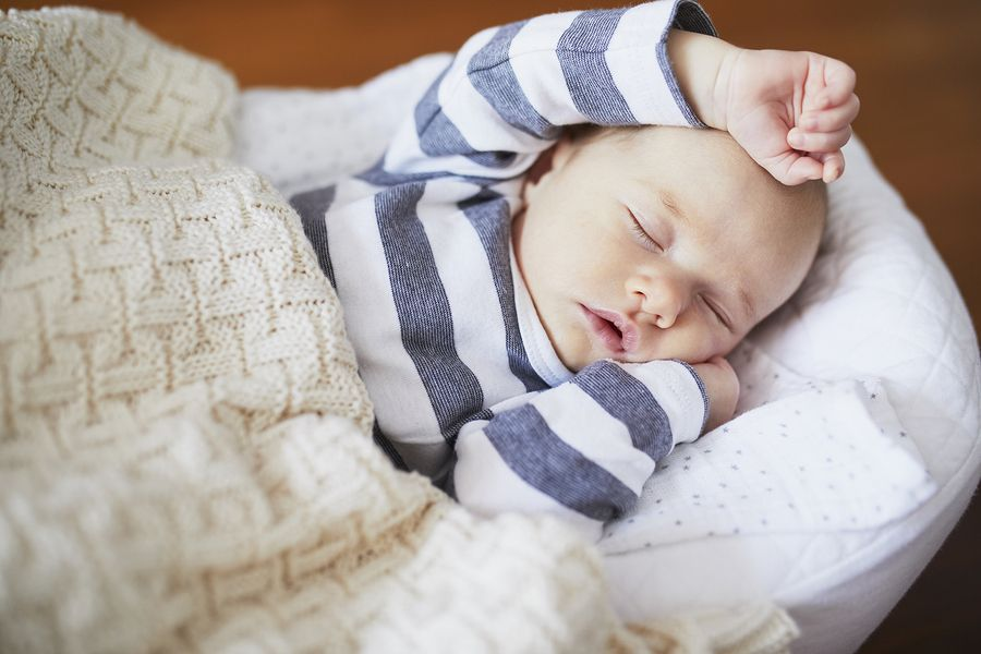 Slapende baby zomertijd en wintertijd