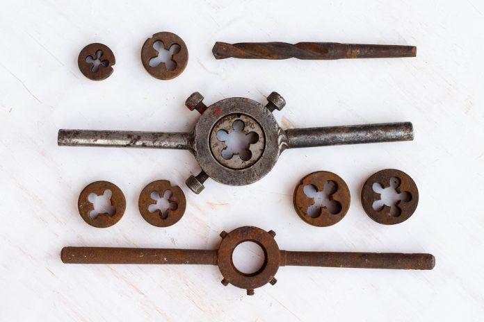 Limpiar metales oxidados es una tarea muy sencilla que no siempre se hace, aquí te explicamoss cómo y con qué hacer dicha actividad.