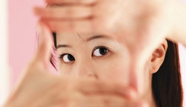 眼睛周圍長出顆粒  靠這些方法可以改善