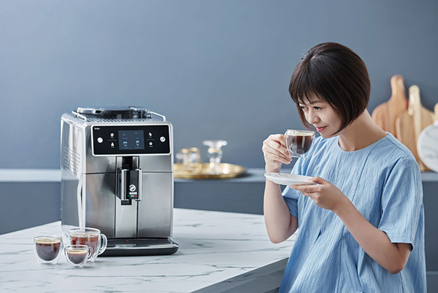 葉怡蘭的咖啡幸福時光,盡在PHILIPS Saec...
