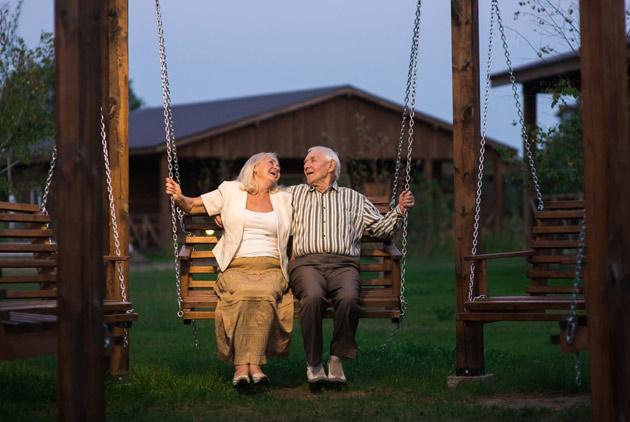 美國退休大法官:看丈夫握著情婦的手,我心滿意足