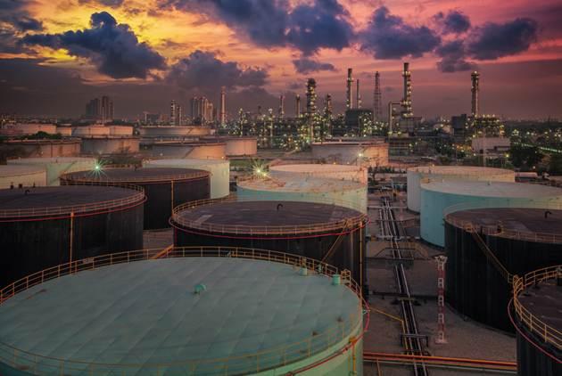 台灣獲得豁免!美國對伊朗「史上最強制裁」,3大原因油價不升反跌