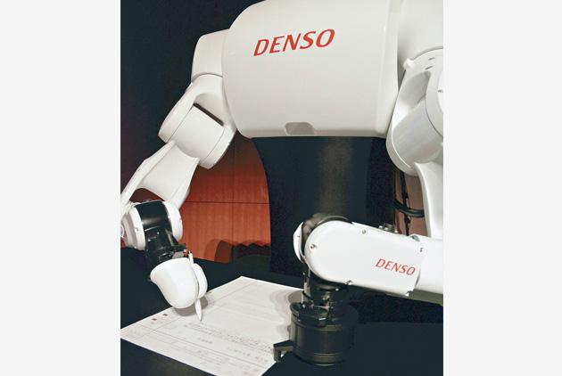 日本機器人和人類一起考東大,為何連續4年都落榜?