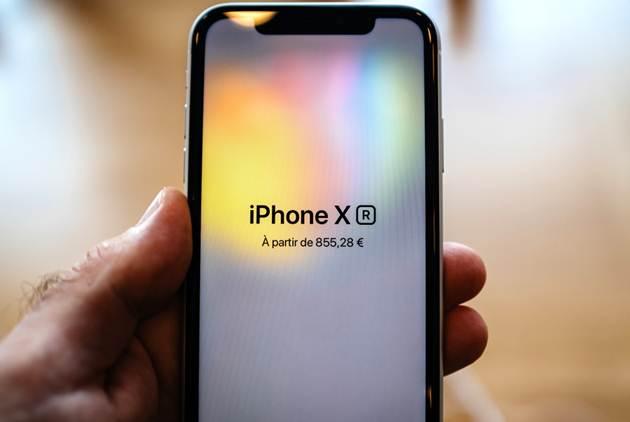 供應商爆砍單,iPhone賣不動了?