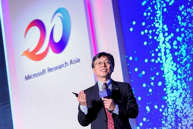 位階最高華人、帶領5千名工程師 他如何讓微軟市值衝上世界第二?