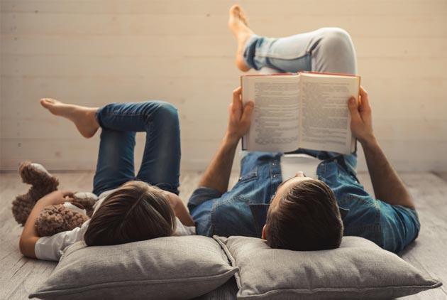 你每年花在社群媒體的時間 可以看200本書