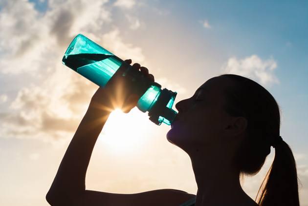 一天該喝多少水?