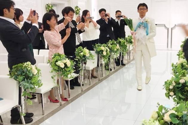 超越次元的愛 跟初音結婚的日本男子