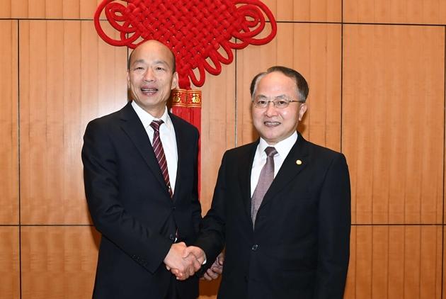 Kaohsiung Mayor's 'Economic Tour' of Hong Kong and Macao Spans US-China-Taiwan Situation