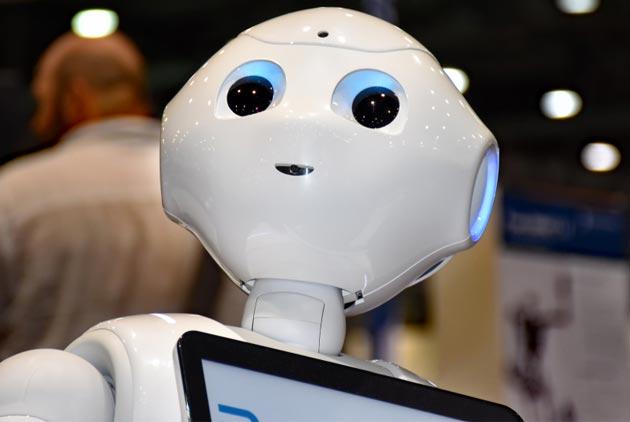 機器人搶工作 女性是最大受害者