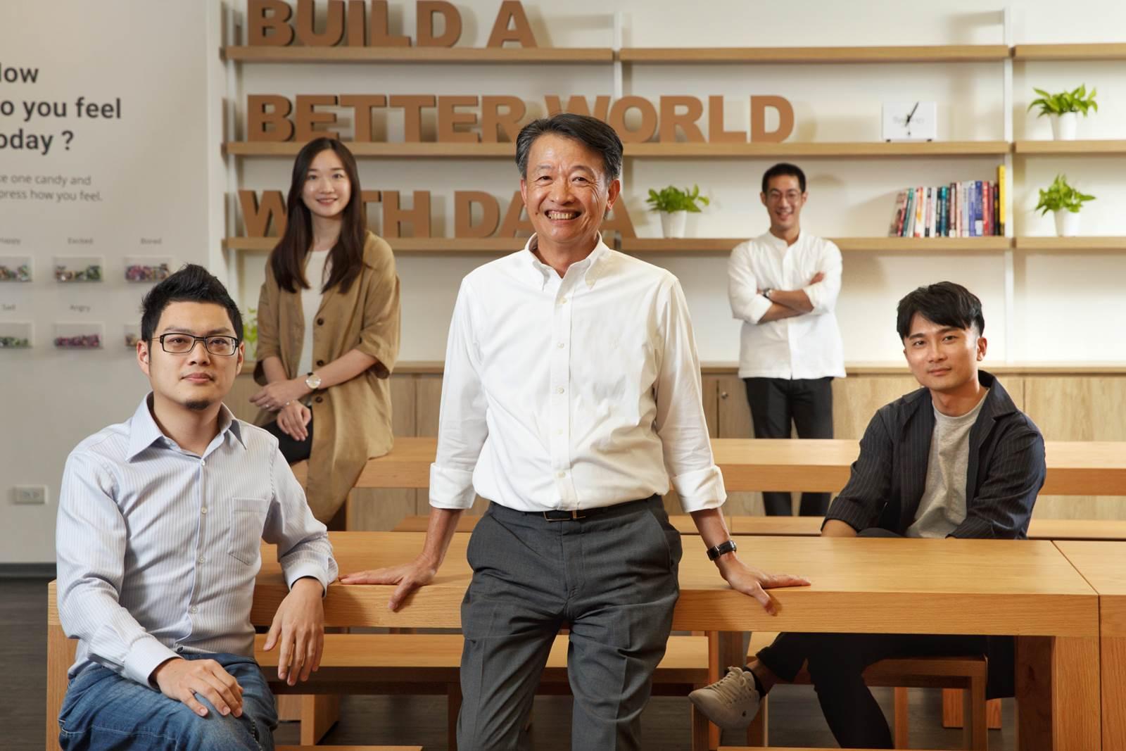 獨家專訪群暉創辦人翁英暉 他如何讓宏達電賺到第一桶金,打造百分之百MIT品牌?