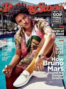 Bruno-Mars-posa-junto-a-la-virgen-de-Guadalupe-para-la-portada-de-Rolling-Stone-1-294x400