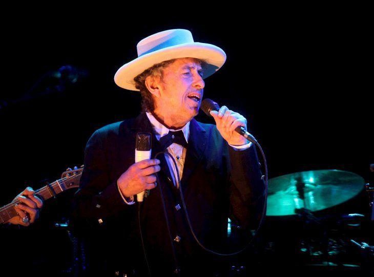 Bob Dylan acusado de abuso sexual a menor de edad