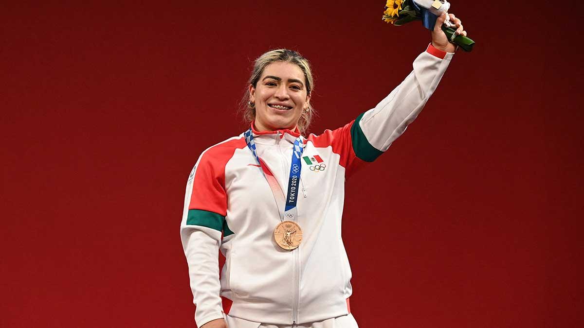 Le dan cheque vacío a Aremi Fuentes, medallista olímpica