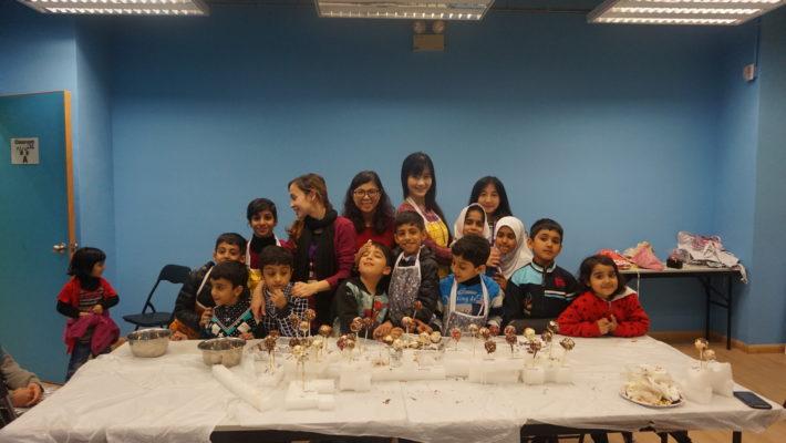 Family Interest Class(make pop cake)