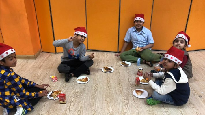 Festival Celebration Party – Santa Claus Is Coming To LINK