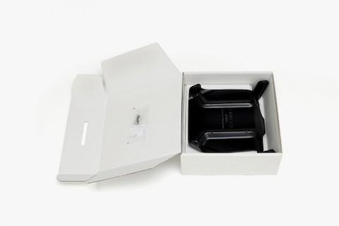 robo-chair-bjork-3-660x440