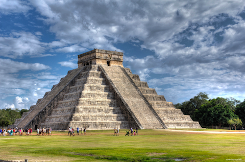 Mayan-piramids