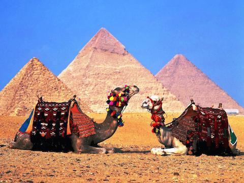 Wallpapers_piramides_en_egipto