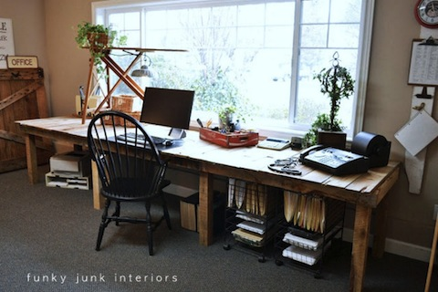 118_16-Home-Offices-You-Wish-You-Could-Use-As-A-Write-Off-This-Year_6-f