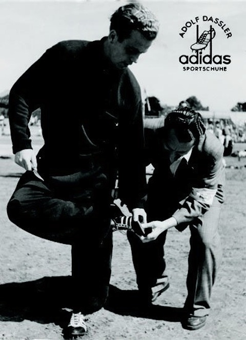 adidas_archive_07719.jpg__398x0_q85_crop-smart_subject_location-242,278