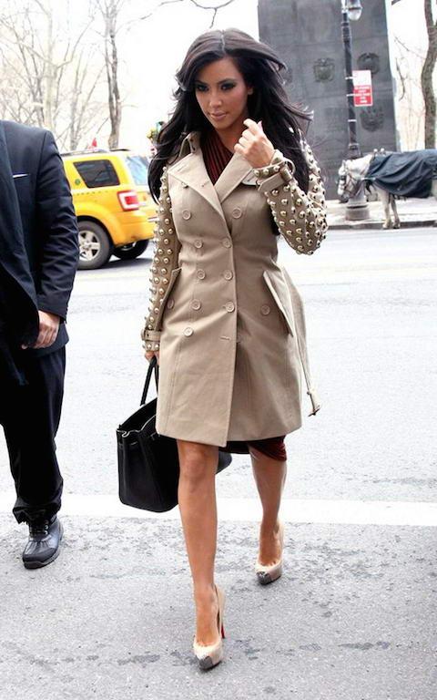 Kim-Kardashian-in-Burberry-Trench-Coat