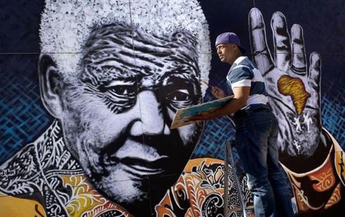 Sud Africa, festeggiamenti per il compleanno di Nelson Mandela