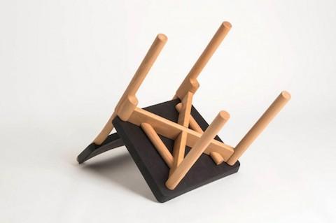 peg-chair4-660x439