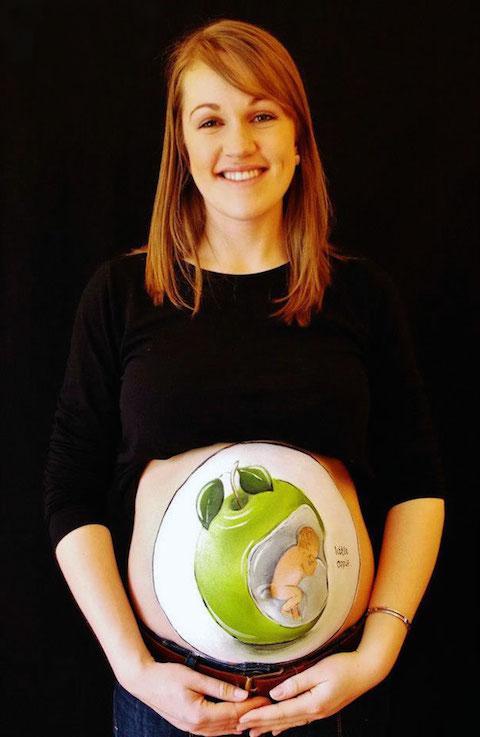 pregnant-bump-painting-carrie-preston-17