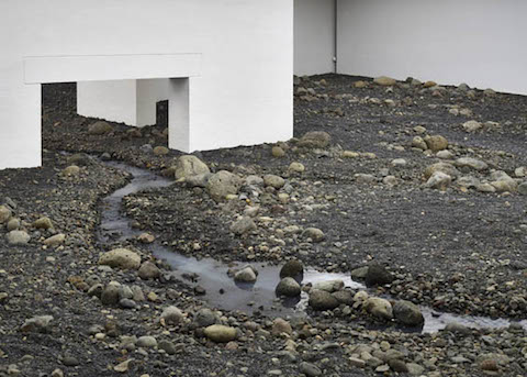 Riverbed-by-Olafur-Eliasson_dezeen_784_4
