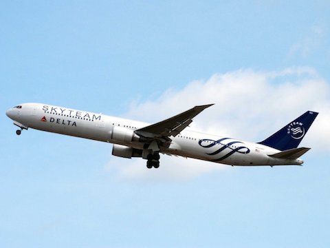 11-skyteam-although-skyteam-is-an-airline-alliance-and-not-a-single-airline-its-grey-and-blue-livery-adorning-many-of-the-member-fleets-is-one-of-the-most-chic-in-the-skies