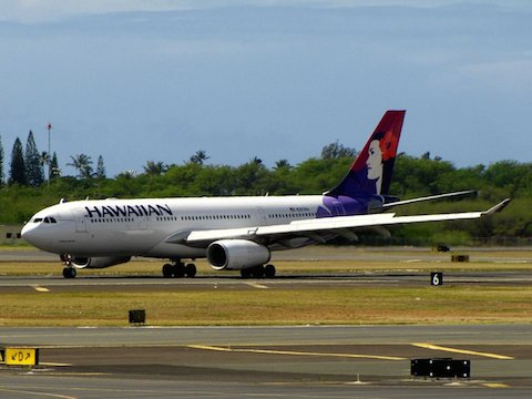 2-hawaiian-airlines-even-40-years-after-its-founding-the-airlines-trademark-pualani-flower-of-the-sky-logo-is-still-the-most-beautiful-and-distinctive-in-the-business