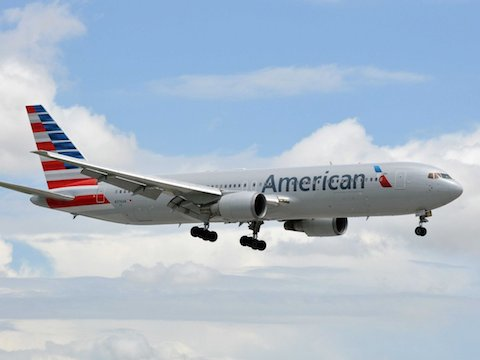 8-american-airlines-this-is-americans-first-new-exterior-design-since-the-1960s-era-polished-metallic-although-the-rebranding-has-been-controversial-the-new-paint-scheme-is-an-effective-modern-take-on-americans-eagle-and-flag-motif