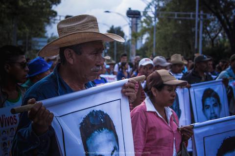 Ayotzinapa77