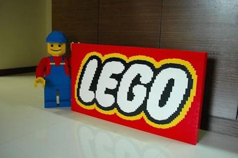 LEGO-logo-e1361448179595