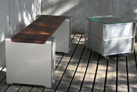 klaus-geiger-benchmarc-apple-g5-power-mac-furniture-designboom-04