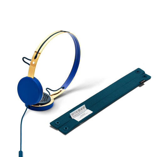 3038037-slide-s-2-these-marc-jacobs-headphones