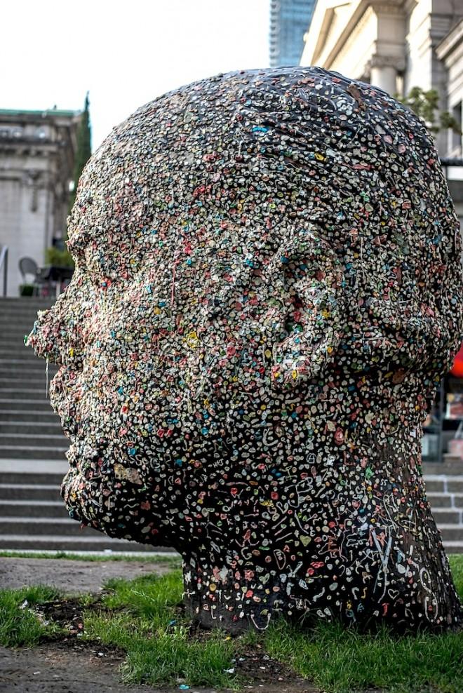 gumhead-sculpture5-660x988