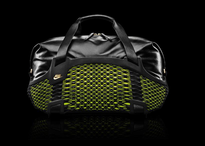 nike-rebento-3d-printed-bag-designboom01